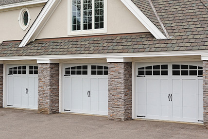 Carriage house overlay 5600 for Wood overlay garage doors