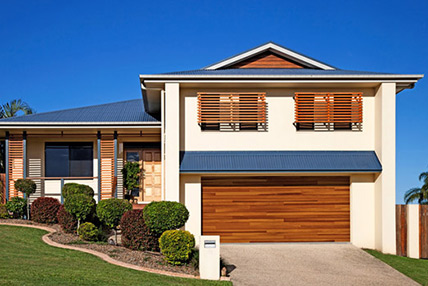 Modernize Your Homes Look With An Accent Plank Garage